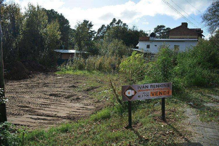Dos lotes de terreno zona multifamiliar, comercial