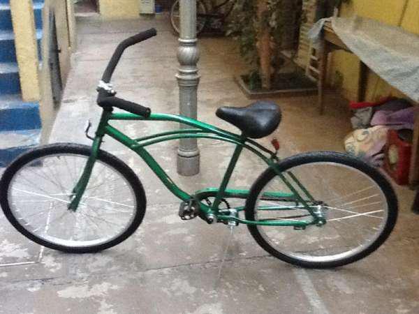Hermosa bicicleta de paseo color verde unisex en Capital