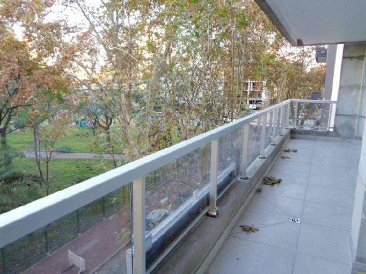 Piso a estrenar frente a plaza 4 ambientes sum terraza