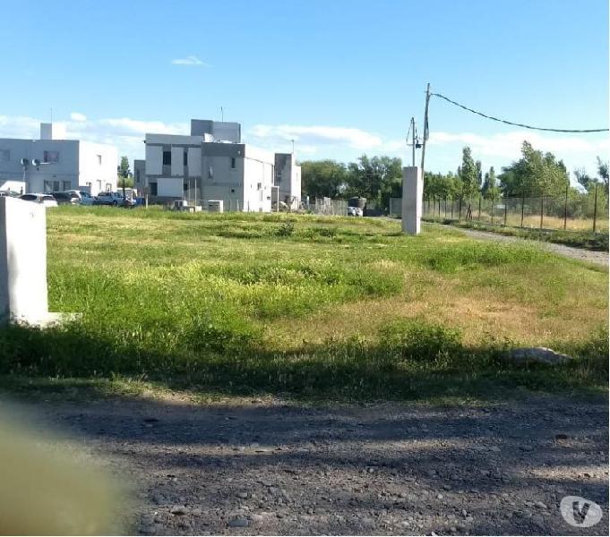 Vendo terreno (apto duplex) barrio la castellana neuquen