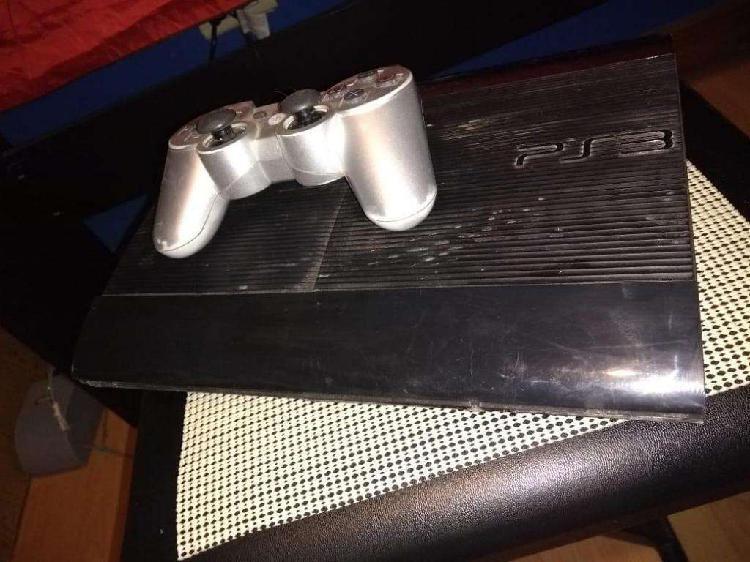 Ps3 500gb con 2 joystick