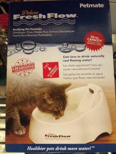 Bebedero automático para gatos o perros.