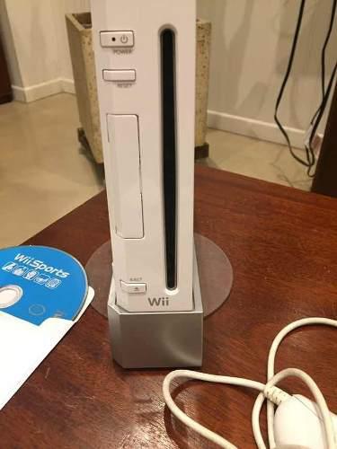 Nintendo wii original, con accesorios, controles y juegos, u