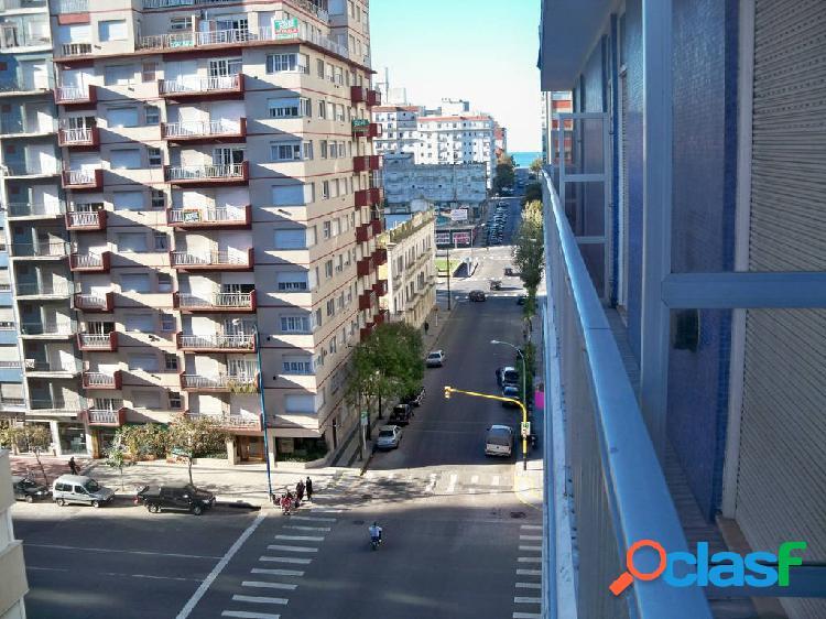 Santa fe esquina luro piso 7º al fte. c/balcón