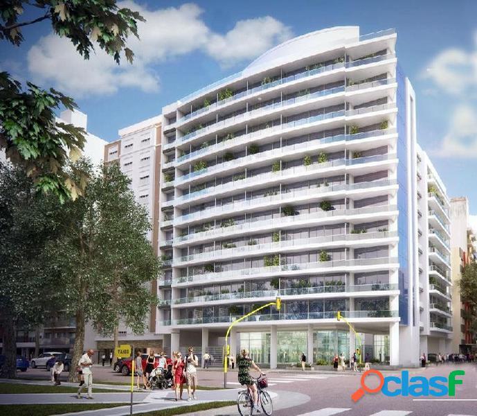 2 ambientes con balcon terraza, vista al mar y a plaza colon y cochera fija. edificio noveccento. plaza colon.