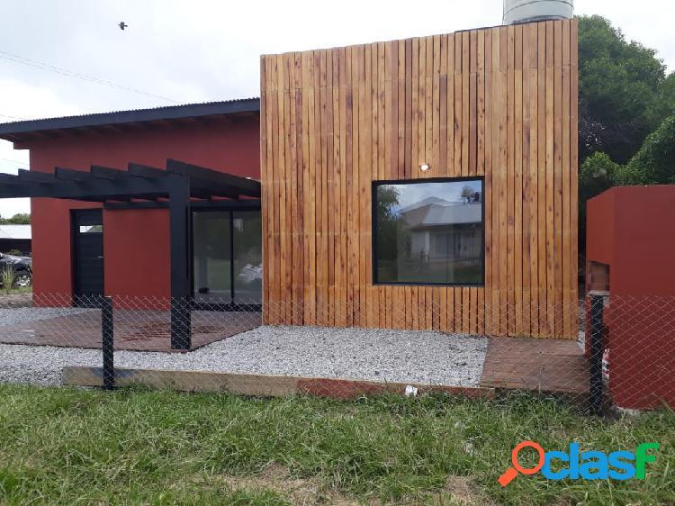 La caleta casa estilo minimalista 4 amb. parque parrilla