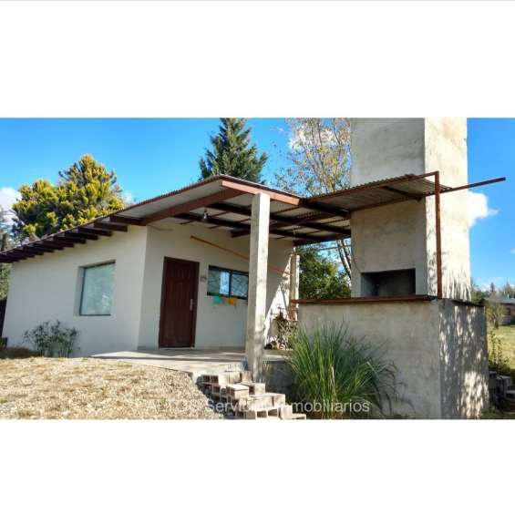 Casa c/pileta a mts av las malvinas, terreno 1.844 mts2,