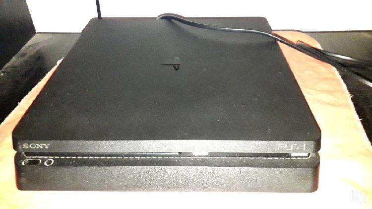 Ps4 sin joystick y con jiegos digitales
