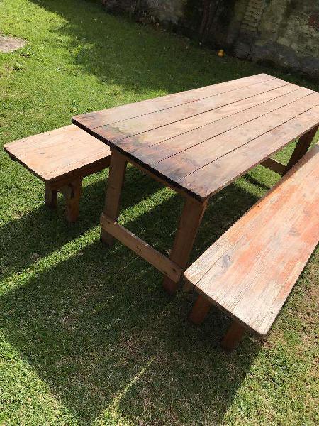 Mesas quincho y bancos plegables. 2mts!