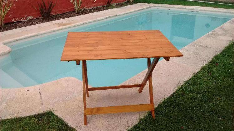 Mesas reforzadas plegables en pino de 1ra calidad