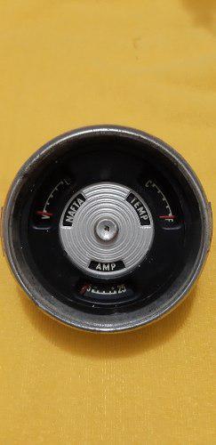 Antiguo reloj de auto antiguo de nafta, temperatura y amp.