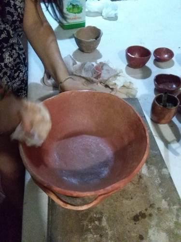 Seminario cerámica, olla de barro, fuego directo
