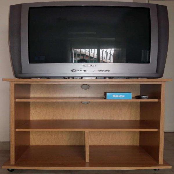 Televisor philips 29 pulgadas y mesa