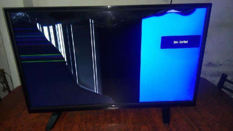 Tv led 32 pantalla trizada