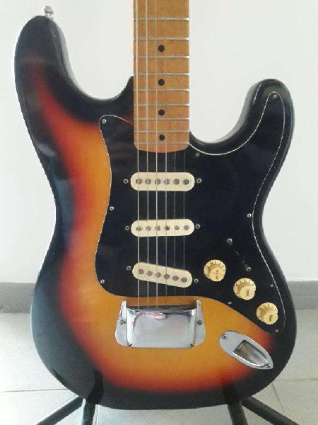 Vendo guitarra hondo2 stratocaster japon 70