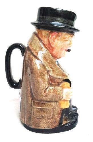 Winston churchill - jarra inglesa reg royal doulton toby jug