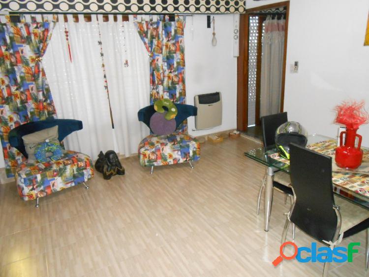 Villa Luzuriaga - Venta - Depto 3 ambientes con balcon 1