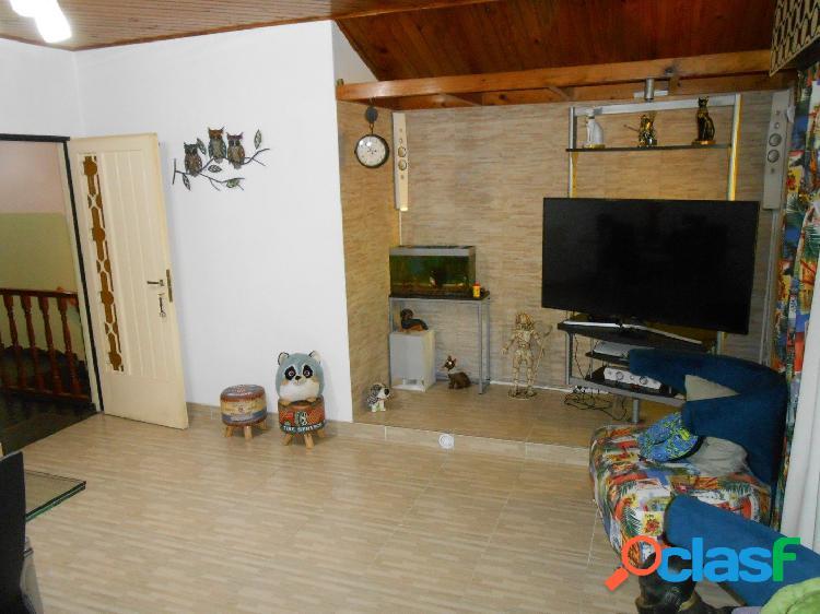 Villa Luzuriaga - Venta - Depto 3 ambientes con balcon 2