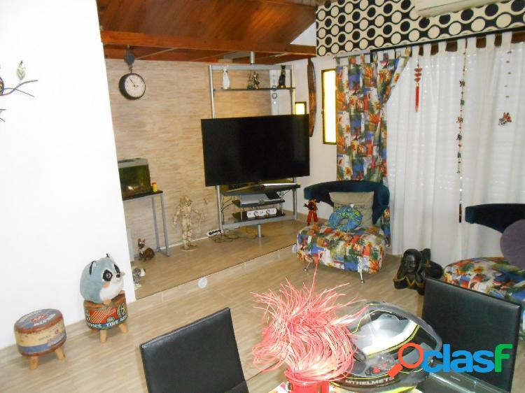 Villa Luzuriaga - Venta - Depto 3 ambientes con balcon 3