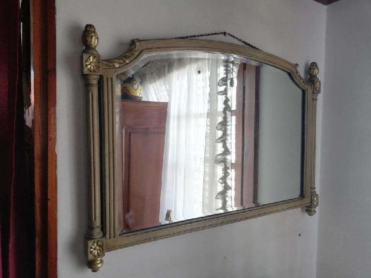 Antiguo espejo estilo francés luis xvi