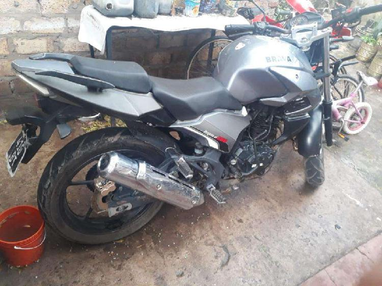 Vendo Moto Brava Aquila 200