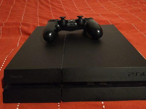 Ps4 500 gb + 2 juegos físicos y 23 digitales + un joystick