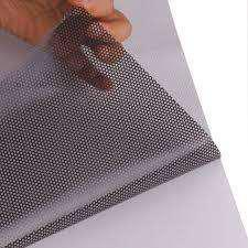 Vinilo autoadhesivo blanco microperforado rollo 1.37x50m