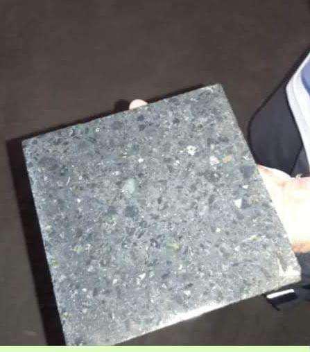 Mosaicos varios usados en su mayoria, diferente medidas y