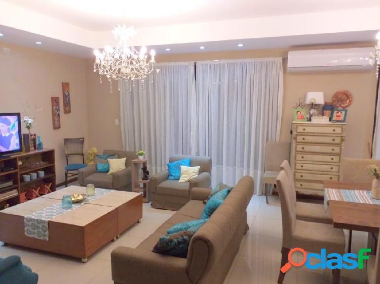 Casa moderna 5 ambientes - Encarnación, Paraguay