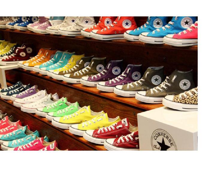 Lote de zapatillas por mayor