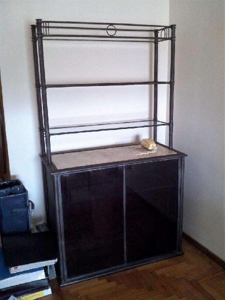 Mueble guardado puerta vidrio estantería hierro con vidrio