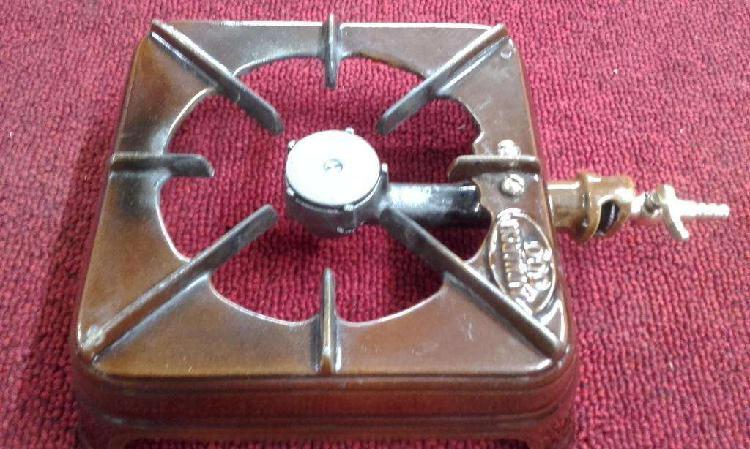 Anafe a gas natural de fundicion enlozado de los años 50