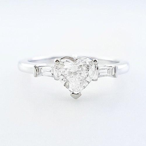 Anillo solitario oro blanco 18k diamante corazon cert egl