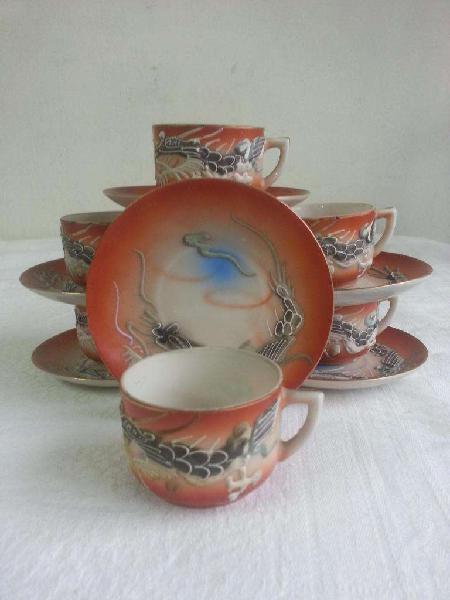 Antiguo juego de café porcelana oriental geisha