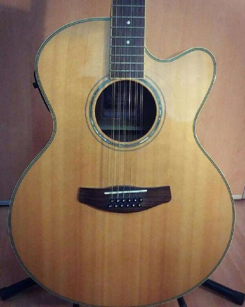 Guitarra electroacústica yamaha 12 cuerdas cpx 700 apx