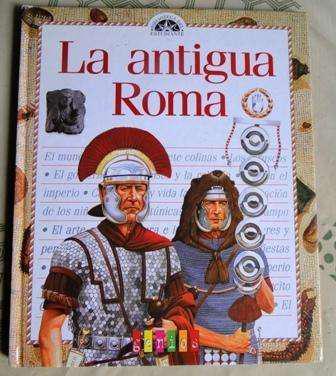 La antigua roma biblioteca del estudiante genios en la