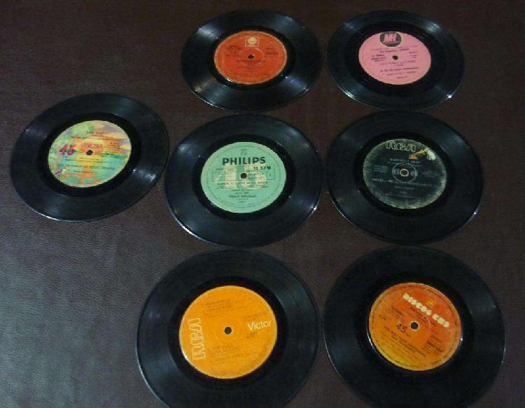 Lote de 7 vinilos discos simples raffaella carra y otros