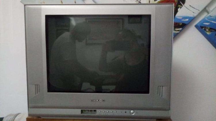 TV PHILCO 21 PULGADAS PANTALLA PLANA. MODELO 2175