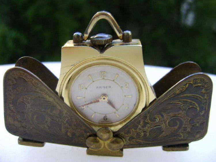 Antiguo reloj kaiser alemán art deco de viaje funcionando /