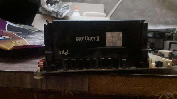 Procesador intel pentium 2 con mother incluida
