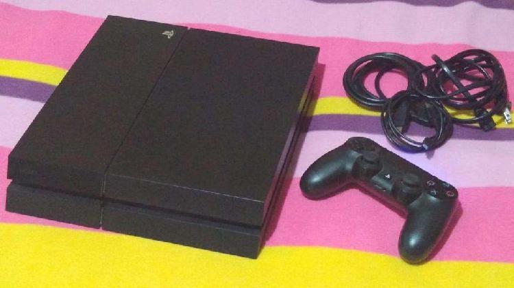 Ps4 2 joystick 500gb mas 27 juegos