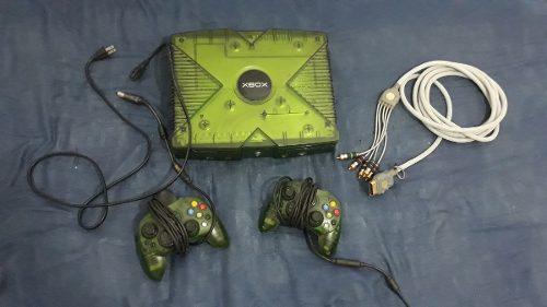 Xbox clasica halo special edition con 60 juegos 2 joysticks