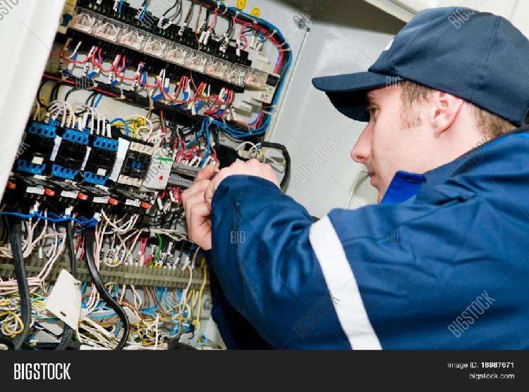 Trabajos de electricidad domiciliaria reparaciones