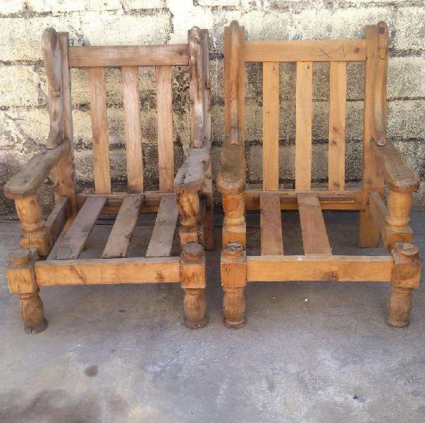 2 sillones individuales de algarrobo para restaurar