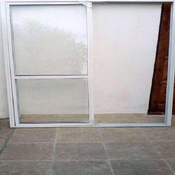 Puerta o ventana balcon aluminio