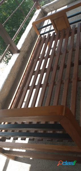 Camas de 2 plaza respaldo y elástico de madera en la falda cordoba