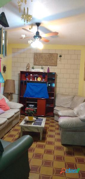 Casa estilo feng shui en la falda en alquiler temporario la falda