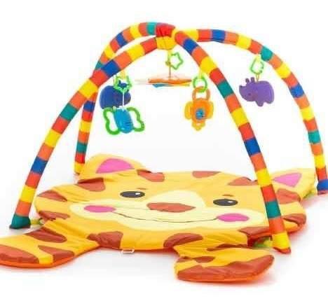 Gimnasio p/bebe grande con juguetes y sonajero