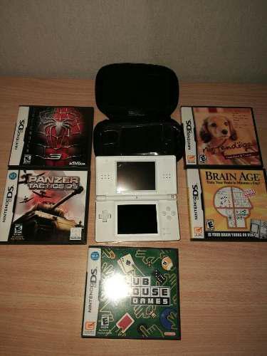 Nintendo ds lite + funda + 5 juegos