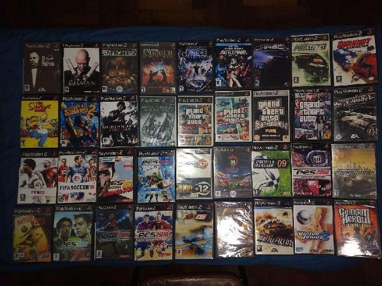 45 juegos de play station 2 vendo todos